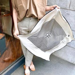 Plage - 【即発送】 シルクスカーフ 大判 モノグラム 幾何学 デザイン