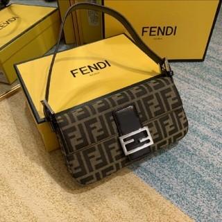 FENDI - FENDIフェンディ   バックパック