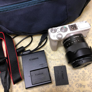 Canon - CANON キャノン EOS M3 EF-M 18-55mm  レンズキット