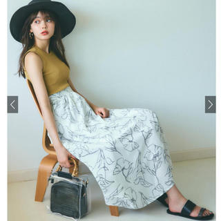 グレイル(GRL)の美品 GRL 花柄 フレアスカート Lサイズ 試着のみ(ロングスカート)