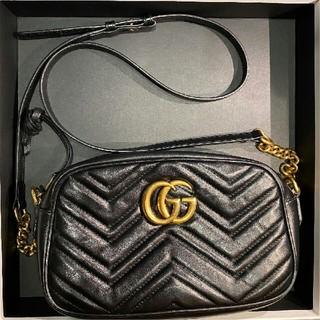Gucci - GUCCI グッチ ショルダーバッグ GGマーモント キルティング スモール黒