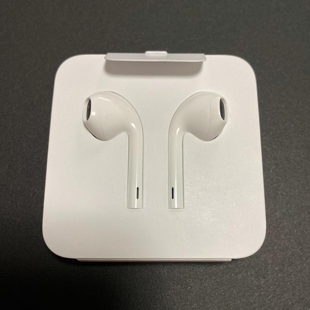 Apple(アップル)のiPhone11pro イヤホン スマホ/家電/カメラのオーディオ機器(ヘッドフォン/イヤフォン)の商品写真