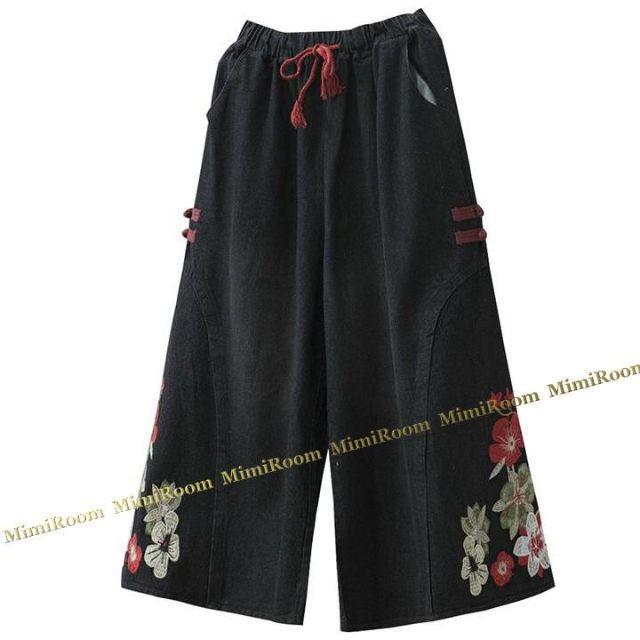 ~3L(W~96)【大きいサイズ】フラワー刺繍☆ガウチョ風ワイドデニムパンツ レディースのパンツ(デニム/ジーンズ)の商品写真