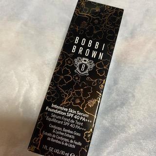 BOBBI BROWN - ボビィブラウン インテンシブスキンセラムファンデーション