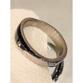 サージカルステンレス製リング シルバー×ブラック  ジルコニア1粒(リング(指輪))