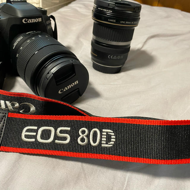 Canon(キヤノン)のcanon eos80d+レンズ2本 スマホ/家電/カメラのカメラ(デジタル一眼)の商品写真