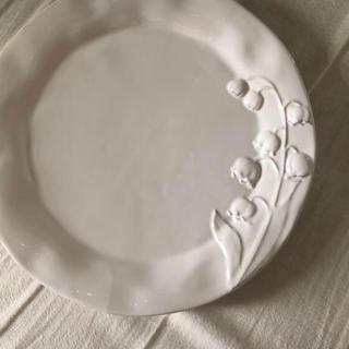 アンソロポロジー(Anthropologie)の【きゅうちゃん様専用】すずらんディナープレート2枚セット(食器)