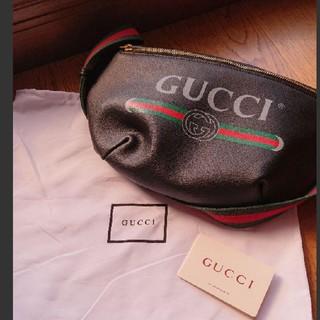 Gucci - GUCCI ボディーバック