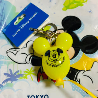 Disney - 新作 ディズニー バルーン キーチェーン イエロー 黄色