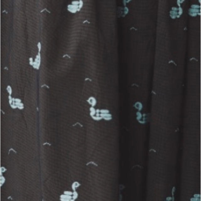 mina perhonen(ミナペルホネン)のミナペルホネン lake bird レイクバード スカート レディースのスカート(ひざ丈スカート)の商品写真