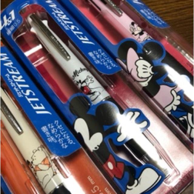 Disney(ディズニー)の最終出品!激レア!三本セット!ミッキー ジェットストリーム!ミニー!プーさん! インテリア/住まい/日用品の文房具(ペン/マーカー)の商品写真
