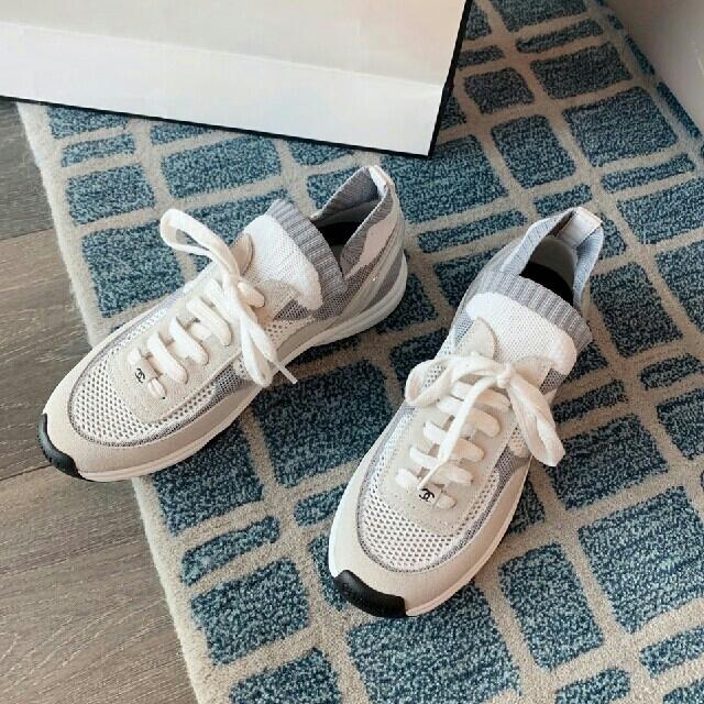 CHANEL(シャネル)のCHANELシャネル  スニーカー レディースの靴/シューズ(スニーカー)の商品写真