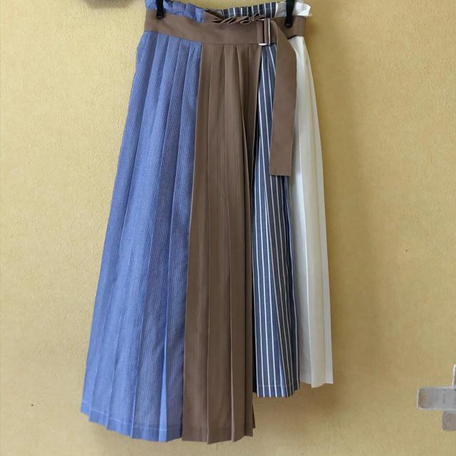 REDYAZEL(レディアゼル)のREDYAZEL アシンメトリースカート レディースのスカート(ひざ丈スカート)の商品写真