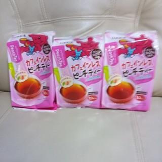 日東紅茶カフェインレスピーチティー3袋です。