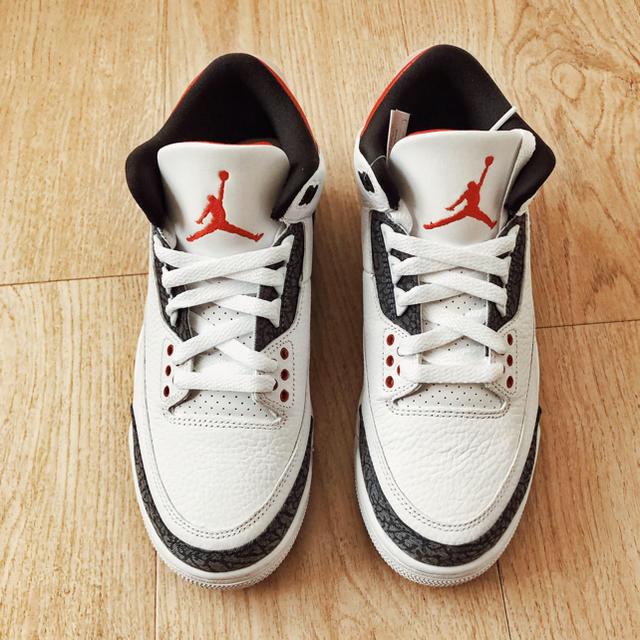 NIKE(ナイキ)のNIKE AIR JORDAN 3 DENIM メンズの靴/シューズ(スニーカー)の商品写真