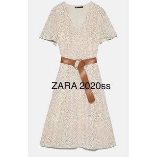 ザラ(ZARA)の新品未使用 ZARA ザラ ベルト付き プリーツワンピース(ロングワンピース/マキシワンピース)