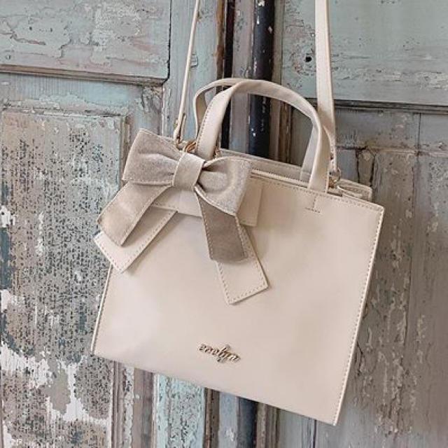 evelyn(エブリン)のバッグ ホワイト レディースのバッグ(ハンドバッグ)の商品写真