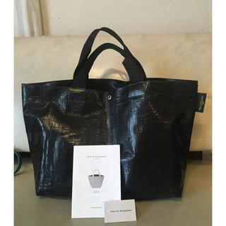 Herve Chapelier - エルベシャプリエ♡2012PPMARCHEBAG黒×青美品♡正規品