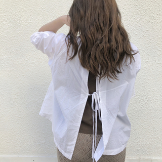 lawgy back ribbon blouse