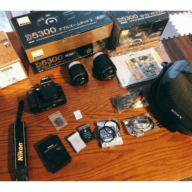 Nikon(ニコン)の値下げシャッター回数わずか3000枚D5300ダブルズームレンズキット付属品完備 スマホ/家電/カメラのカメラ(デジタル一眼)の商品写真