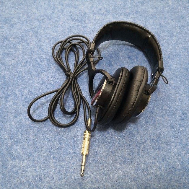 SONY(ソニー)のSONY MDR-CD900ST モニターヘッドホン スマホ/家電/カメラのオーディオ機器(ヘッドフォン/イヤフォン)の商品写真