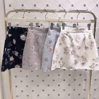 evelyn - evelyn 花柄台形スカート