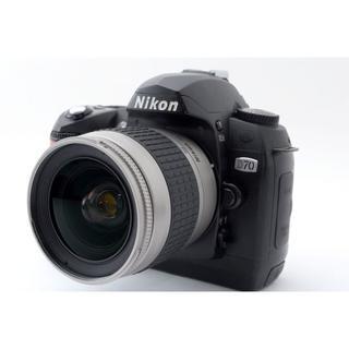 Nikon - 美品♪☆初めての一眼レフカメラに最適‼☆ ️Nikon ニコン D70