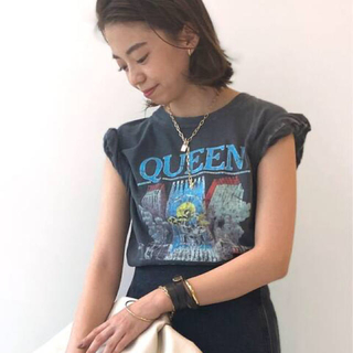 DEUXIEME CLASSE - GOOD ROCK SPEED/グッドロックスピード QUEEN Tシャツ