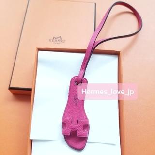 Hermes - 新品☆エルメスオランチャーム ローズメキシコ