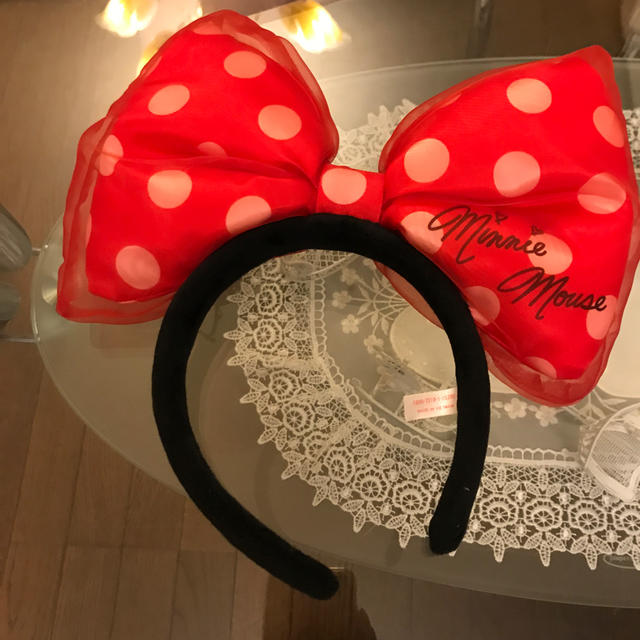 Disney(ディズニー)のディズニー ミニーちゃん カチューシャ レディースのヘアアクセサリー(カチューシャ)の商品写真