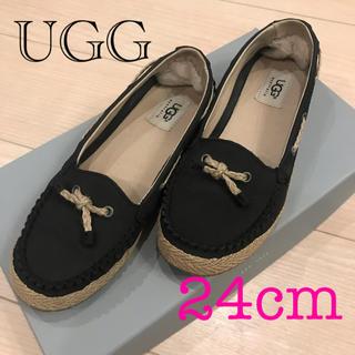 アグ(UGG)のUGG  美品  24㎝ US7 ブラック ローファー革靴(ローファー/革靴)