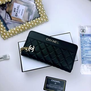 CHANEL - 財布(^^ Chanel