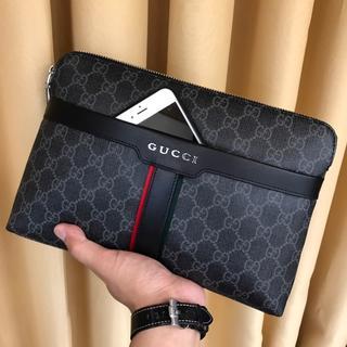 Gucci - クラッチバッグ