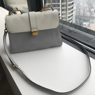 ミュウミュウ(miumiu)の美品 ミュウミュウマドラス バイカラー 2way バッグ(ハンドバッグ)