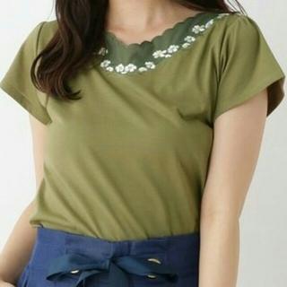 クチュールブローチ(Couture Brooch)の専用クチュールブローチ花柄カーキーTシャツ38(Tシャツ(半袖/袖なし))