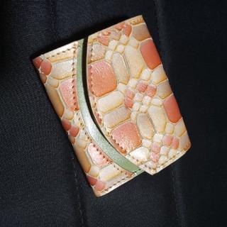 トチギレザー(栃木レザー)の未使用 クアトロガッツ 財布 ペケーニョ レディース コンパクト(財布)