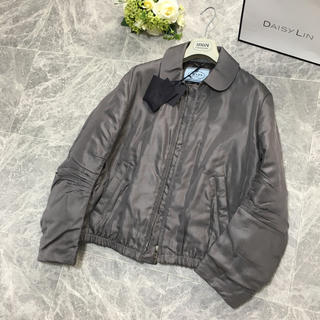 PRADA - 新品未使用 プラダ PRADA 最高級シルク 中綿 ブルゾン ジャケット