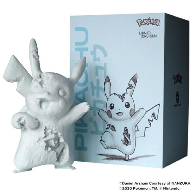 MEDICOM TOY(メディコムトイ)のDaniel Arsham Blue Crystalized Pikachu  エンタメ/ホビーのおもちゃ/ぬいぐるみ(キャラクターグッズ)の商品写真