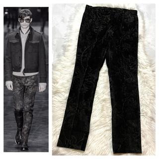 グッチ(Gucci)の本物 コレクションモデル グッチ フローラル パンツ 黒 44 GUCCI(スラックス)