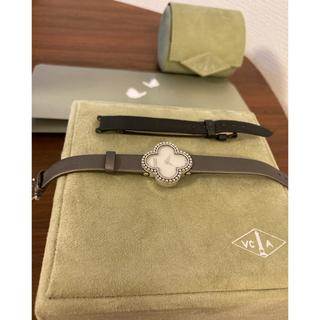 ヴァンクリーフアンドアーペル(Van Cleef & Arpels)のヴァンクリーフ 時計 ベルトシルバー黒計2本にてお渡し(腕時計)