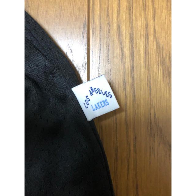 MITCHELL & NESS(ミッチェルアンドネス)の村上隆 ComplexCon x レイカーズ ショーツ ブラック メンズのパンツ(ショートパンツ)の商品写真