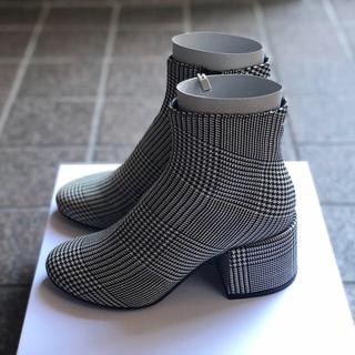 エムエムシックス(MM6)のMM6 Maison Margiela ショートブーツ(ブーツ)