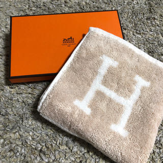 Hermes - 【エルメス】ハンドタオル 新品タグ付き
