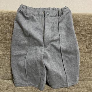 コムサイズム(COMME CA ISM)のコムサイズム グレー 短パン 綺麗 120 子供用 お出かけ(ドレス/フォーマル)