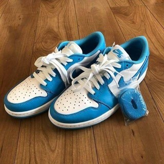 "NIKE - NIKE SB AIR JORDAN 1 LOW QS ""UNC"""
