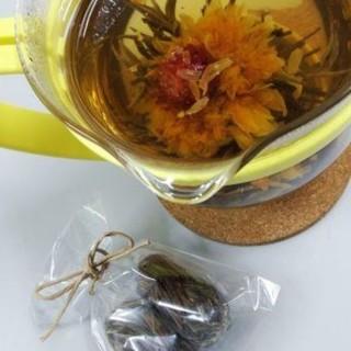 花咲く工芸茶(茶)