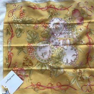 サルヴァトーレフェラガモ(Salvatore Ferragamo)のハンカチ/スカーフ(ハンカチ/バンダナ)