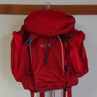 モンベル(mont bell)の美品 モンベル トリプルポケットパック リュック  赤レッド (リュックサック)
