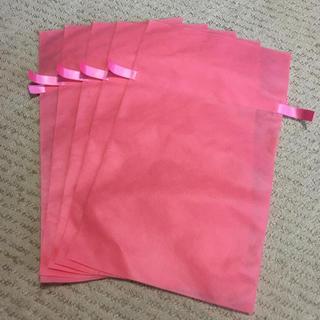 フェイラー(FEILER)の新品 プレゼント用 袋 フェイラー リボン付ラッピング  不織布袋 サテンリボン(ショップ袋)