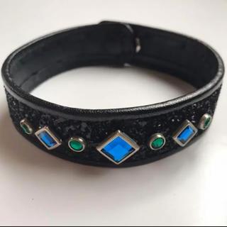 ジーヴィジーヴィ(G.V.G.V.)のG.V.G.V.  ビジュー付き ラメグリッターチョーカー 黒×青×緑(ネックレス)